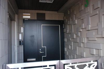 高円寺の家・玄関02